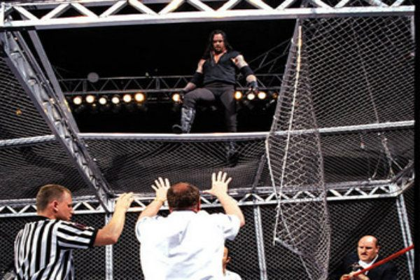 Taker_on_Cell_Roof_1