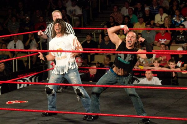 The_Young_Bucks_Taunt_2012_1